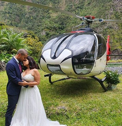 heli-wedding couple